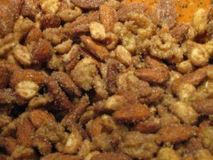 Орехи с пряностями