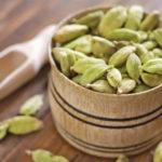 Семена коробочки зеленого кардамона