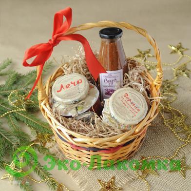 Подарочная корзина продуктов от Эко-Лакомка
